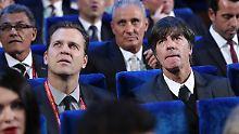 Frankreich, Spanien oder England? Oliver Bierhoff und Joachim Löw.