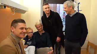 Besonderer Termin für den Tabellenersten: BVB-Stars besuchen Kinder-Krebsstation
