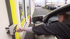 Praktische Abholung mit dem Auto: Post testet ersten Drive-In-Schalter