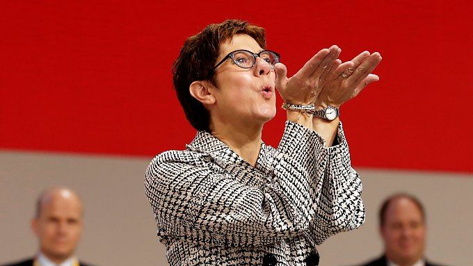 AKK kurz nach der Wahl zur neuen CDU-Chefin.