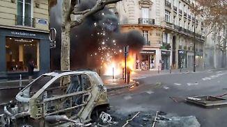 Champs-Élysées verbarrikadiert: Neue Ausschreitungen erschüttern Paris