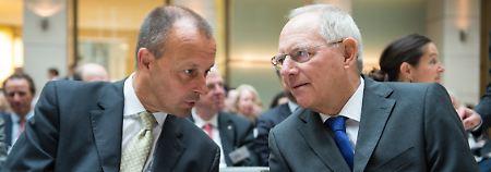Unmut im konservativen Lager: Schäuble fordert Akzeptanz für AKK