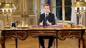 """Zugeständnisse nach Massenprotesten: Kann Macron die """"Gelbwesten"""" besänftigen?"""