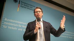 """""""Alte Forderungen mit langem Bart"""": Scheuer ist von Tempolimit-Diskussion genervt"""