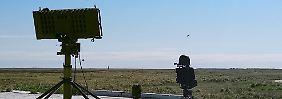 Abwehr unbemannter Flugobjekte: Bundeswehr rüstet gegen Drohnen auf