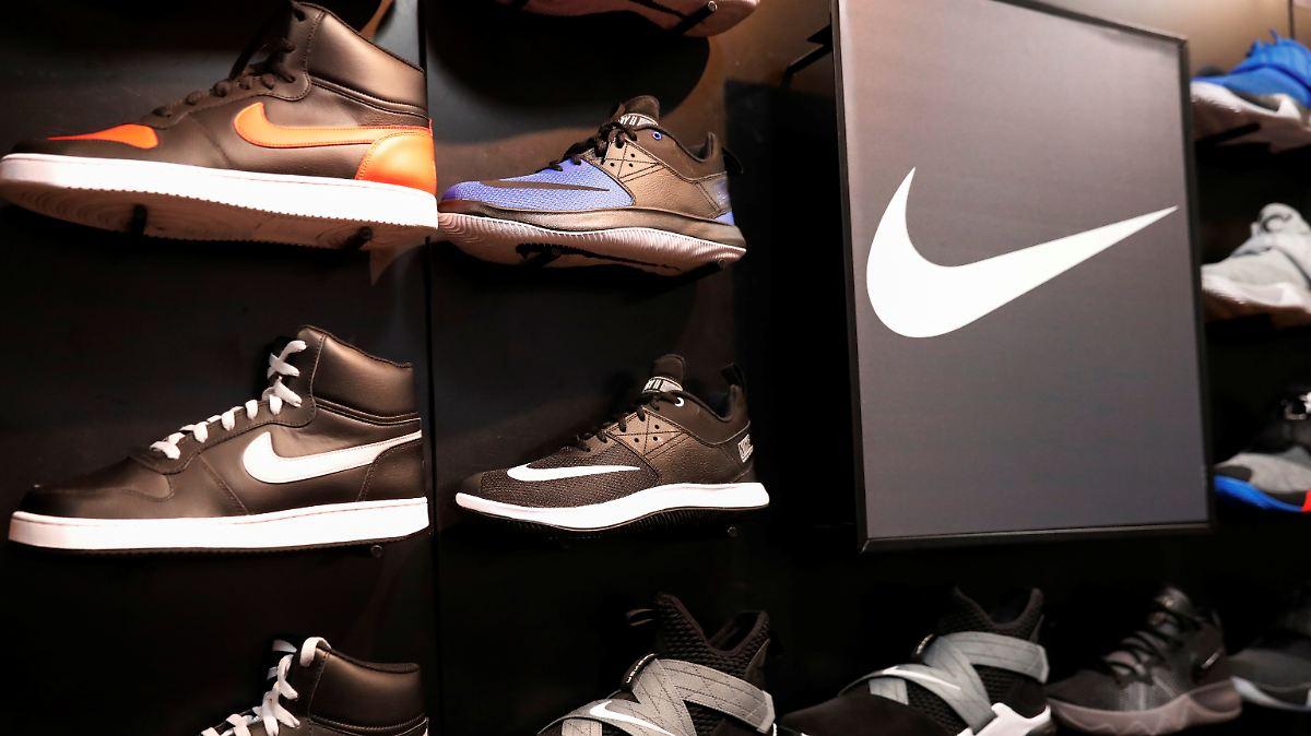Schuhe-laufen-gut-Nikes-Gewinn-bertrifft-die-Erwartungen