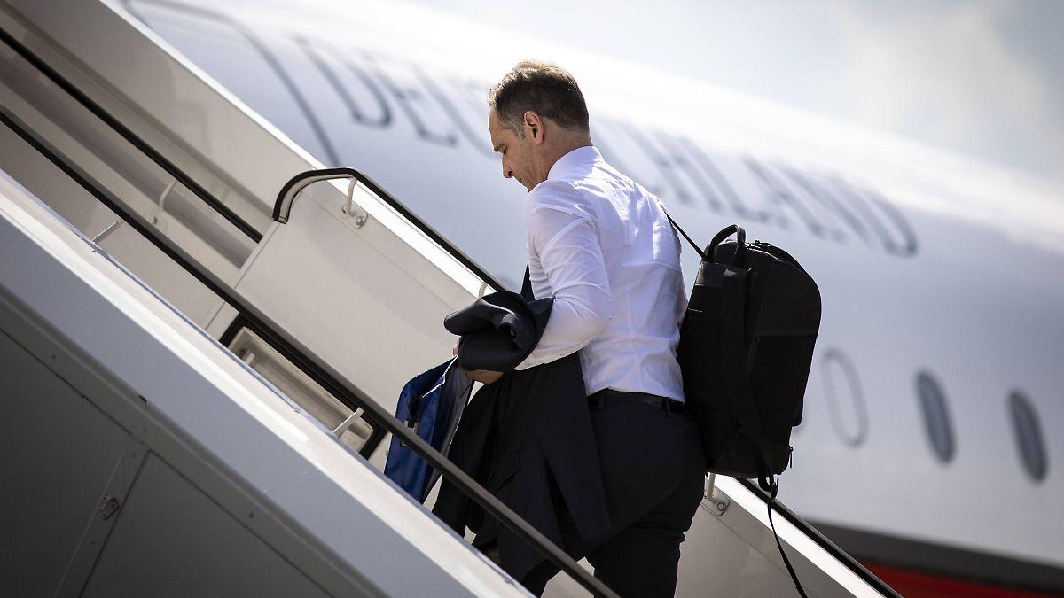 Maas verspätet sich wegen Flugzeugpanne