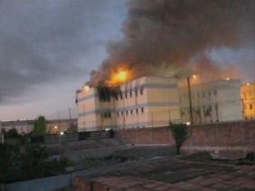 Das Feuer war in verschiedenen Gebäudeflügeln ausgebrochen.