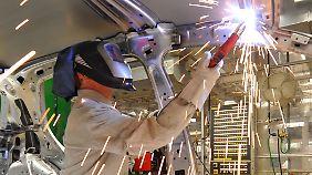 Volkswagen will in den kommenden Jahren 50.000 Stellen weltweit schaffen.