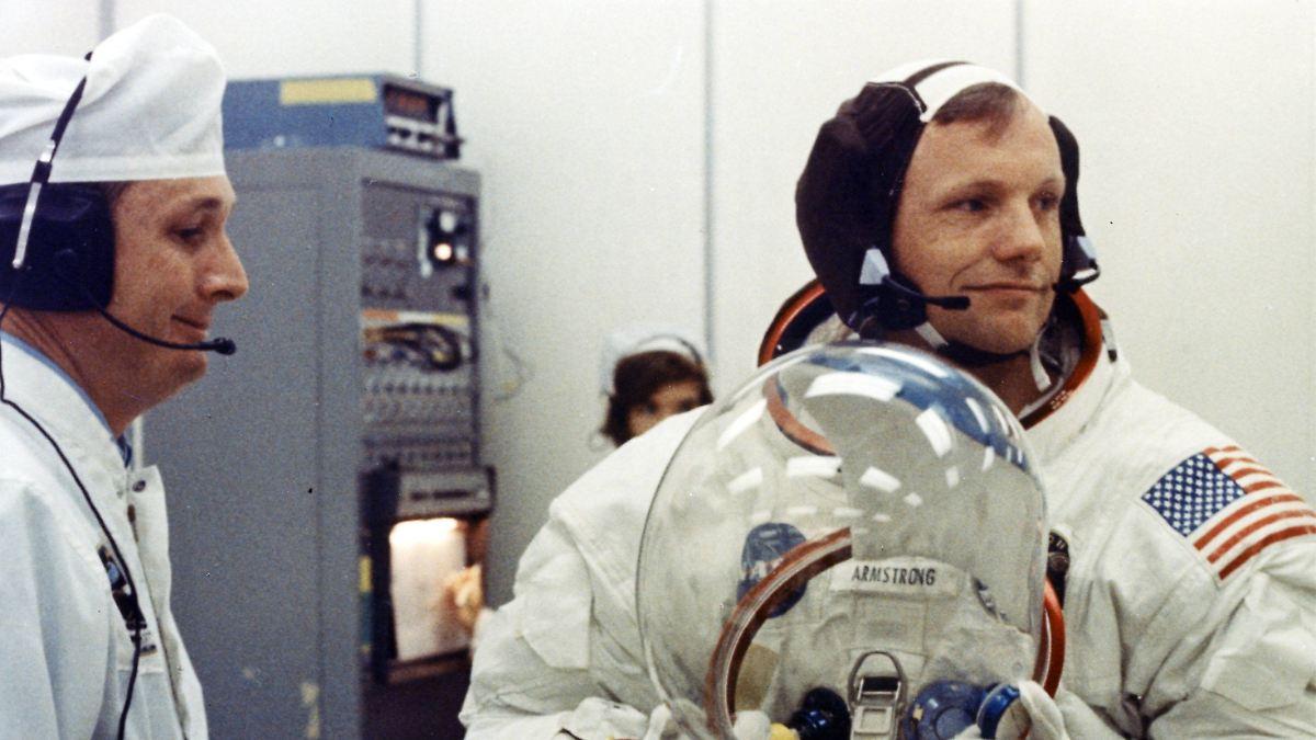 Krankenhaus zahlte Millionen: Woran starb Neil Armstrong wirklich? - n-tv NACHRICHTEN