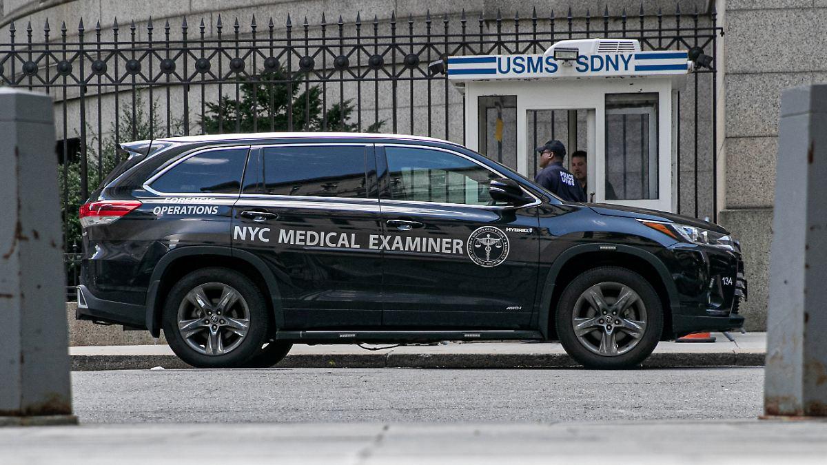 Mediziner klären Epsteins Todesursache