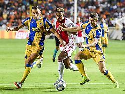 Playoffs in der Champions League: Dolls Nikosia bringt Ajax in Bedrängnis