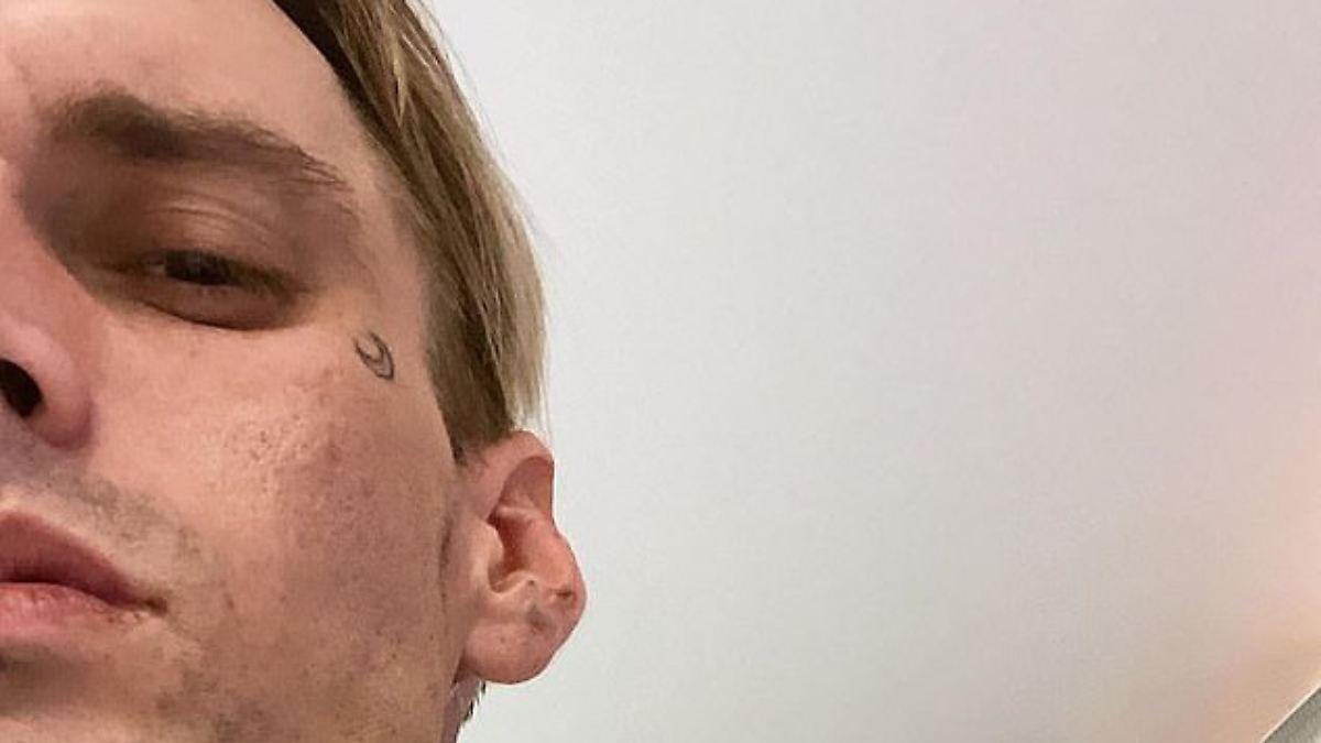 Aaron Carter hat wieder ein neues Tattoo