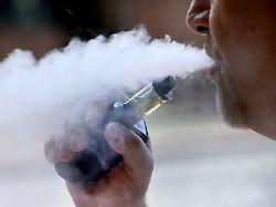 230: E-Zigaretten sind mehr Segen als Fluch