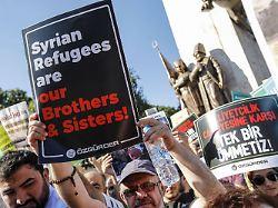 40.000 Migranten umgesiedelt: Türkei vertreibt Flüchtlinge aus Istanbul