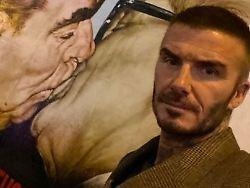 Blitzbesuch in Berlin: David Beckham schaut sich die Mauer an