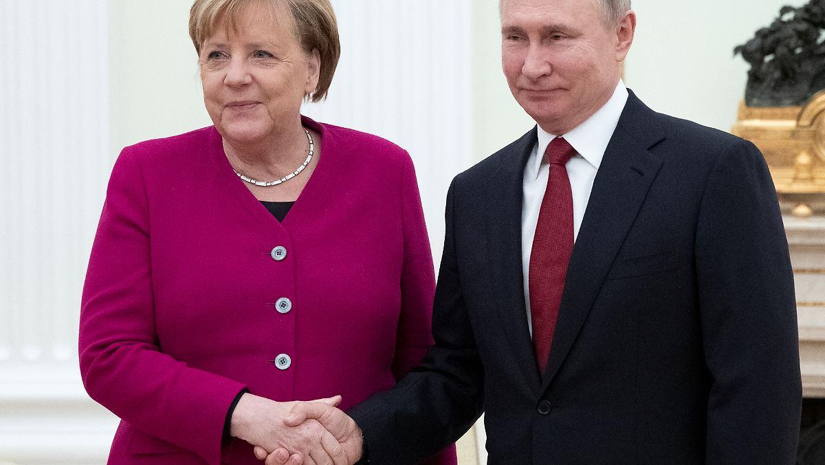 """Warum Putin Merkel """"von Herzen"""" dankt"""