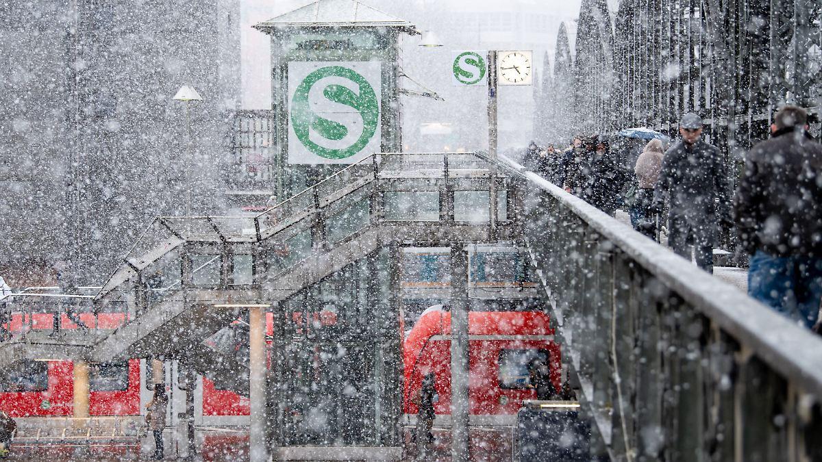 Sturm und Schnee gefährden Bahnverkehr