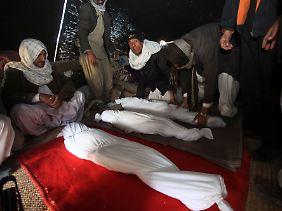Wie viele Opfer das Beben tatsächlich forderte, ist noch völlig unklar.