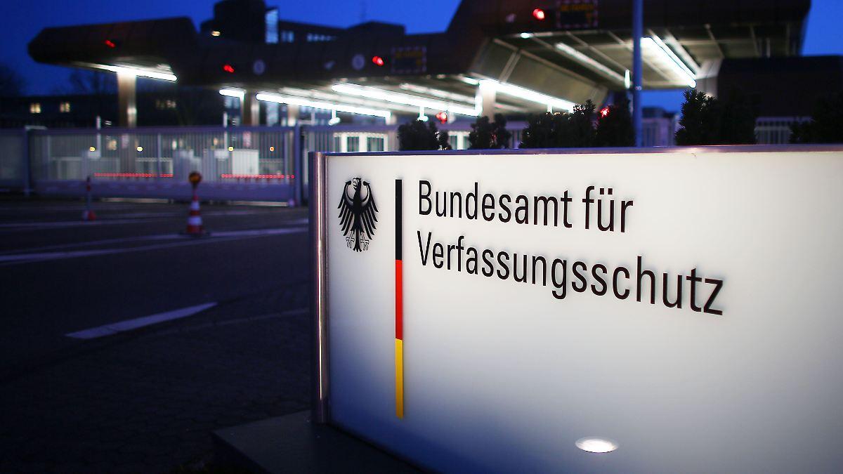 Für Brandenburg bestätigt: Verfassungsschutz hat V-Leute in der AfD