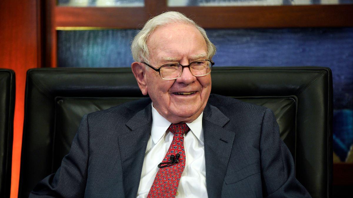 Dow knackt neuen Rekord:Buffetts Portfolioänderung bringt Bewegung - n-tv NACHRICHTEN