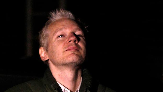 Julian Assange, wehrhaft.