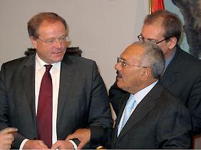 Entwicklungsminister Dirk Niebel trifft sich in Sanaa mit dem jemenitischen Staatspräsidenten Ali Abdullah Saleh.