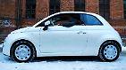 Der Fiat 500 TwinAir könnte eine solche Belohnung sein, vor allem der 500C, dessen Verdeck sich per Knopfdruck zurückfahren lässt.