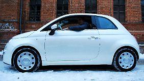 Selbst große Fahrer haben im Fiat 500 ausreichend Platz.
