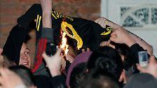 Brennendes Trikot, exorbitante Ablösen: Transfer-Wahnsinn in England