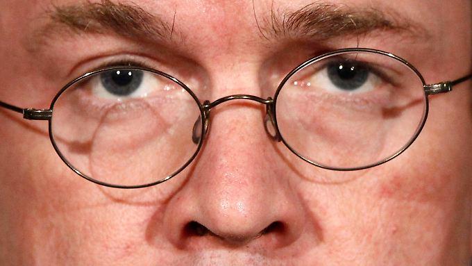 """Die Affäre Guttenberg: Von """"abstrusen Vorwürfen"""" zu """"Fehlern"""""""