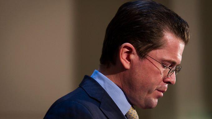Konsequenz aus der Plagiatsaffäre: Druck zwingt Guttenberg zum Rücktritt