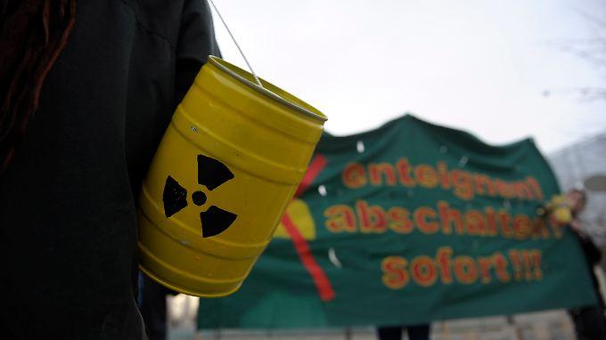 Atom-Gegner im Aufwind: Politik rollt Atom-Frage neu auf