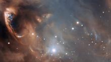 """Einen Teil der Region """"NGC 6729"""" im Sternbild Südliche Krone (undatierte Handout des ESO)."""