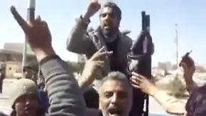 Gaddafi wütend auf Welt: Bengasi feiert Flugverbotszone