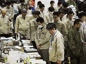 Japan hielt für eine Gedenkminute inne.