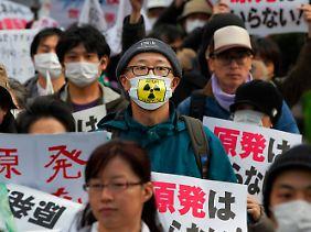 In Tokio protestierten Japaner gegen Atomkraft.