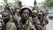 Milizen regieren die Stadt Abidjan.
