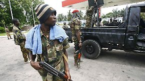 Wackliger Frieden in der Elfenbeinküste: Gegner bekriegen sich weiter