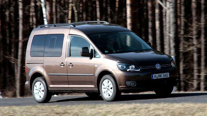 Beim VW Caddy verfügt nur die rechte Schiebetür über ein Fenster, das man öffnen kann.