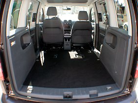 Wer die Rücksitze ausbaut, kann mehr als drei Kubikmeter Ladevolumen nutzen.