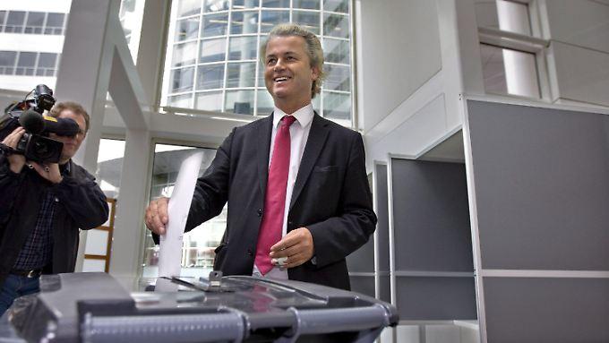 Der Rechtspopulist Wilders bei der Stimmabgabe.