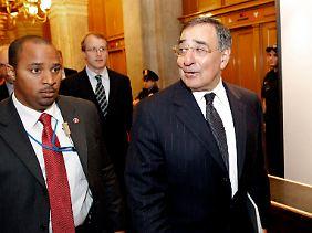 CIA-Direktor Panetta nach einem Treffen im US-Kongress.