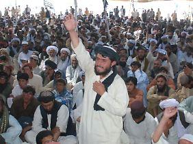 Im pakistanischen Quetta demonstrieren Menschen gegen die Tötung von Bin Laden.