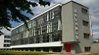 Das Bauhaus in Dessau-Roßlau gehört zum UNESCO-Weltkulturerbe. Rund 100.000 Besucher begeben sich hier pro Jahr auf die Spuren von Gropius, Klee, Kandinsky, Feininger und Co.