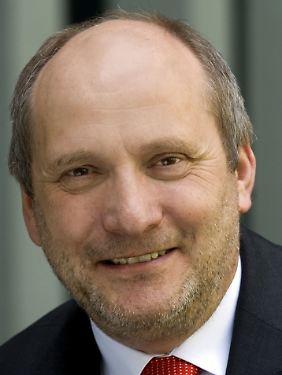 Ingolf Deubel, Finanzminister a.D. und Mitglied des Managerkreises der SPD-nahen Friedrich-Ebert-Stiftung.