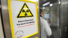 Unsicher, ein bisschen sicher, etwas sicherer: Deutschlands Atommeiler im Test