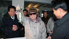 """Achtung, der """"Geliebte Führer"""" kommt!: Die Kim-Jong-Il-Top 50"""