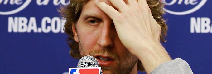 Viertes Finalspiel in der NBA: Nowitzki allein unterm Korb - n-tv.de