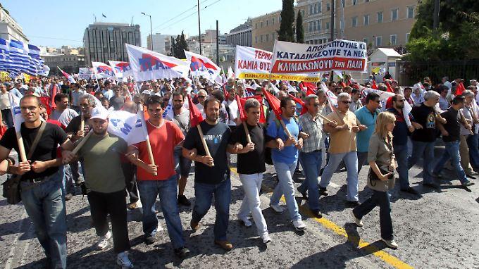 Protest gegen Sparpläne der Regierung: Generalstreik legt Griechenland lahm